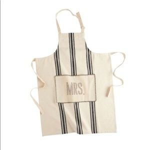 Mud Pie MRS Apron - NWT